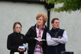Gill Richardson (centre) & Johnny Murtagh